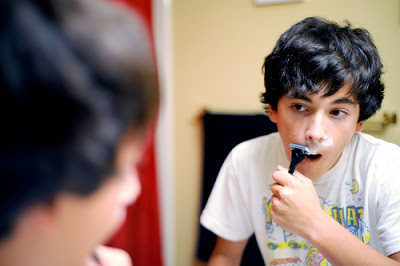boy-shaving